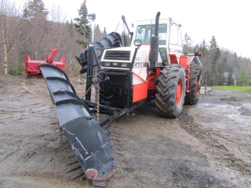Tracteur agricole 4X4 Case 4690 1981 En Vente chez EquipMtl