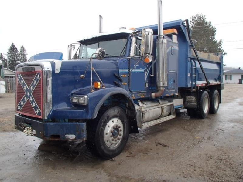 Camion dompeur 10 roues Freightliner FL120 1993 En Vente chez EquipMtl