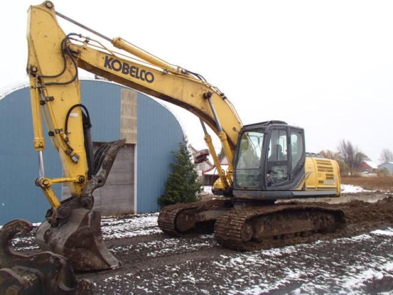 Excavatrice (20 à 39 tonnes) Kobelco SK210LC-9 2015 En Vente chez EquipMtl