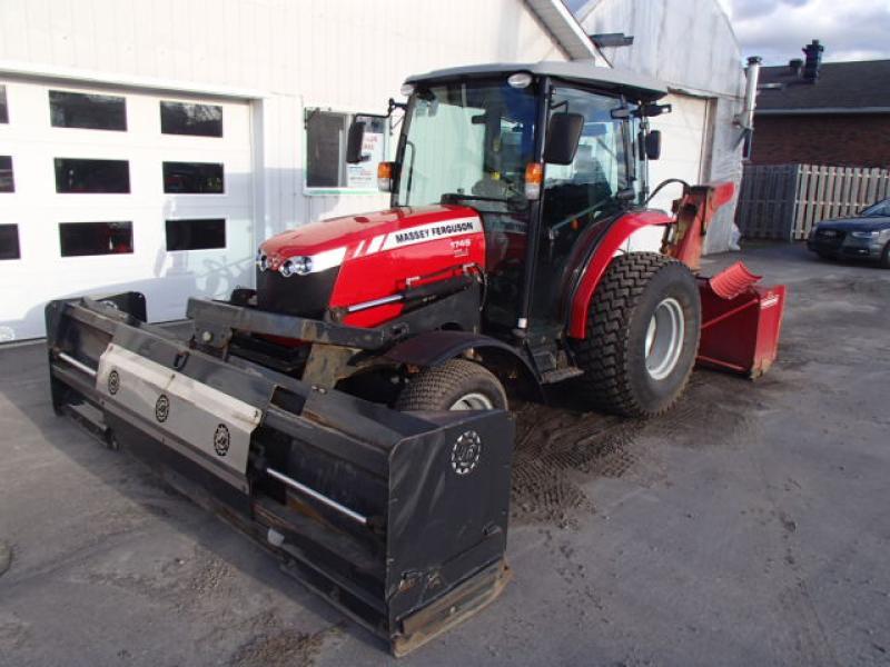 Tracteur agricole 4X4 Massey Ferguson 1749 2015 En Vente chez EquipMtl