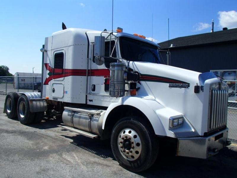 Camion Tracteur 10 roues couchette Kenworth T800 2008 En Vente chez EquipMtl