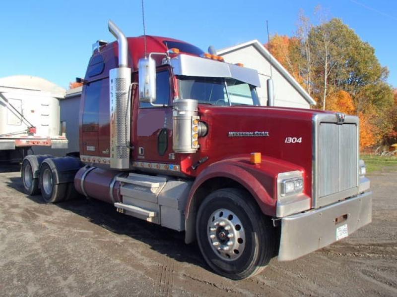 Camion Tracteur 10 roues couchette Western Star 4900SF 2013 En Vente chez EquipMtl