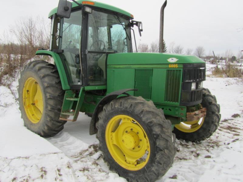 Tracteur agricole 4X4 John Deere 6605 2001 En Vente chez EquipMtl