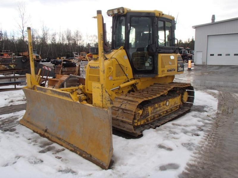 Tracteur à chaînes ( 0 à 9 tonnes) Komatsu D39PX-22 2011 En Vente chez EquipMtl