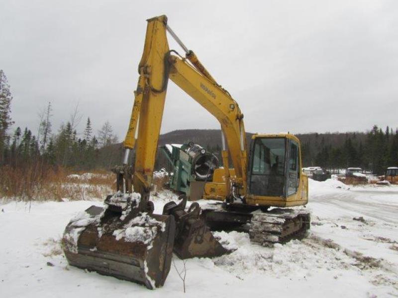 Excavatrice ( 9 à 19 tonnes) Komatsu PC120-5 1999 En Vente chez EquipMtl