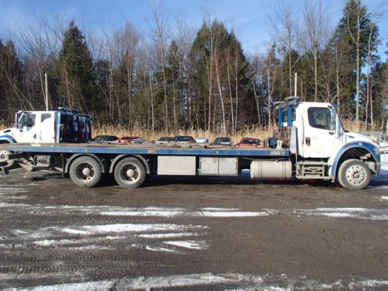 Remorqueuse Freightliner M2 106 2017 Équipement en vente chez EquipMtl