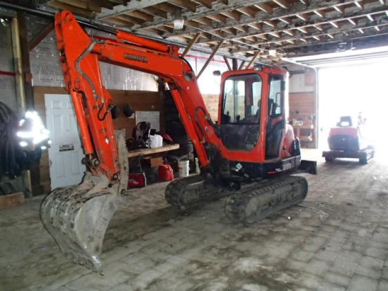 Excavatrice ( 8 tonnes et moins) Kubota KX121-3SS 2007 En Vente chez EquipMtl