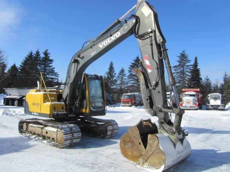 Excavatrice ( 9 à 19 tonnes) Volvo EC140BLC 2005 En Vente chez EquipMtl