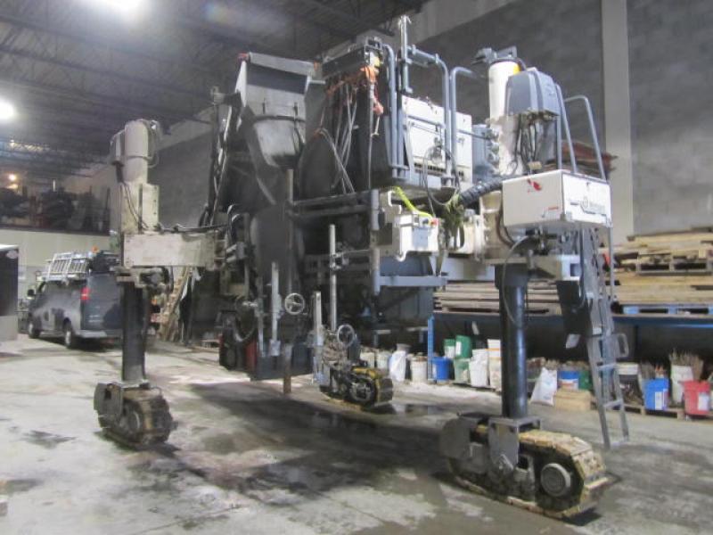 Machine à bordure Wirtgen SP-15 2013 En Vente chez EquipMtl
