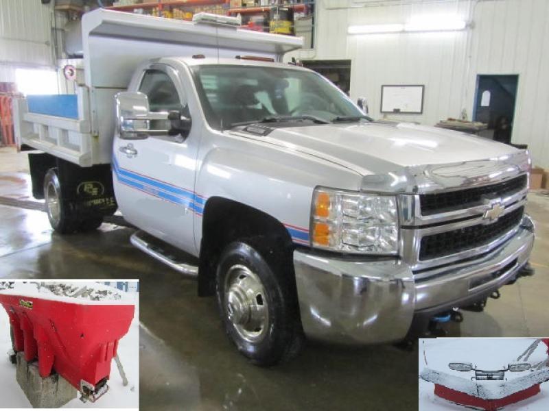 Camion à neige Chevrolet Silverado 3500HD 2009 En Vente chez EquipMtl