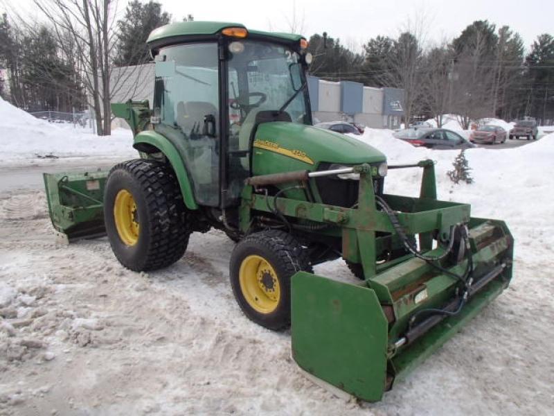 Tracteur à neige John Deere 4720 2012 En Vente chez EquipMtl