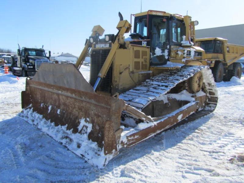 Tracteur à chaînes (10 à 20 tonnes) Caterpillar D6R LGP II 2004 En Vente chez EquipMtl