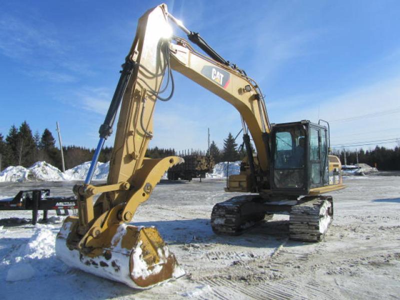 Excavatrice ( 9 à 19 tonnes) Caterpillar 315DL 2011 En Vente chez EquipMtl