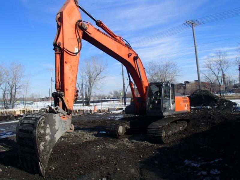 Excavatrice (20 à 39 tonnes) Hitachi ZX350LC-3 2008 En Vente chez EquipMtl