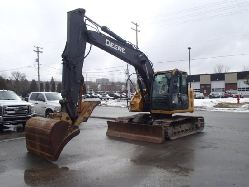 Excavatrice ( 9 à 19 tonnes) John Deere 135D 2010 En Vente chez EquipMtl