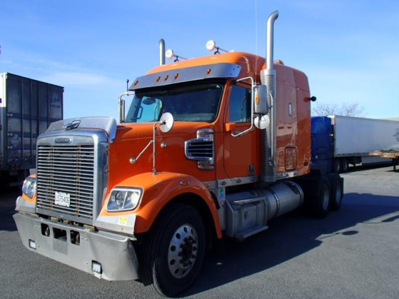 Camion Tracteur 10 roues couchette Freightliner 122SD 2016 En Vente chez EquipMtl
