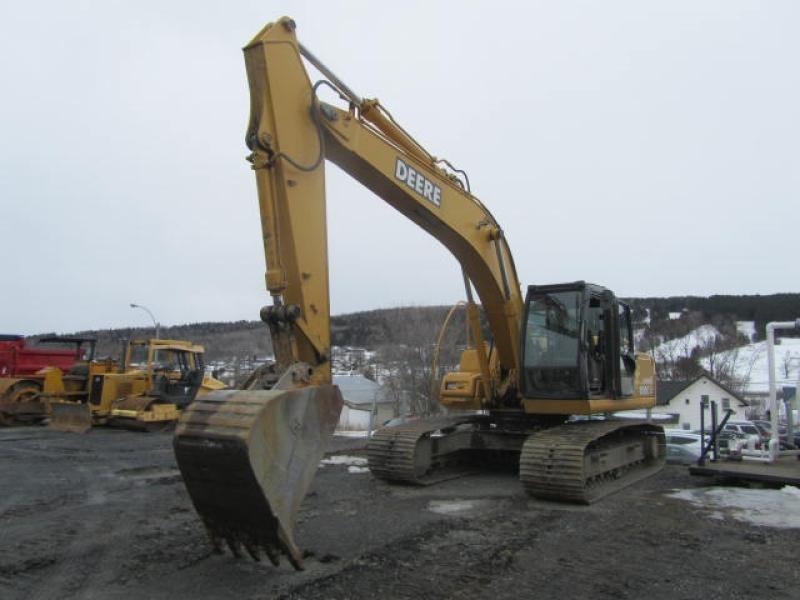 Excavatrice (20 à 39 tonnes) John Deere 200CLC 2006 En Vente chez EquipMtl