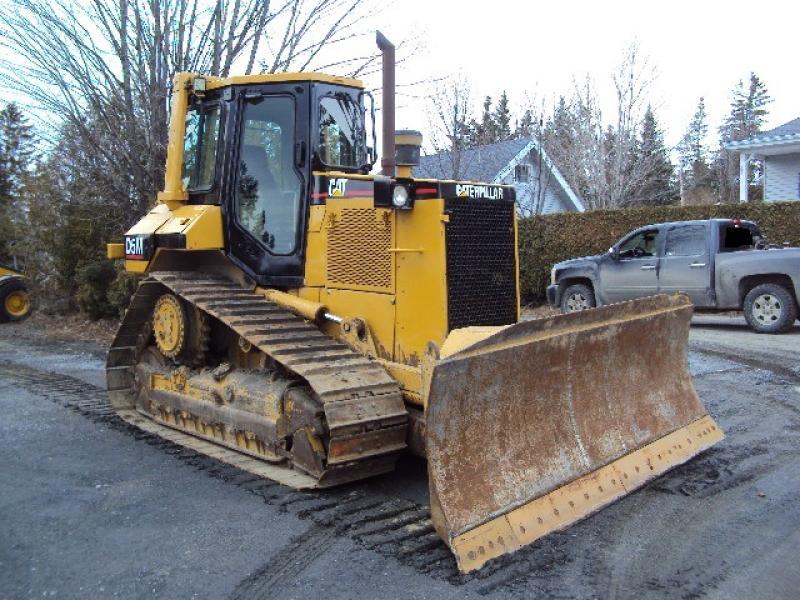 vendu Caterpillar D5M XL 1997 En Vente chez EquipMtl