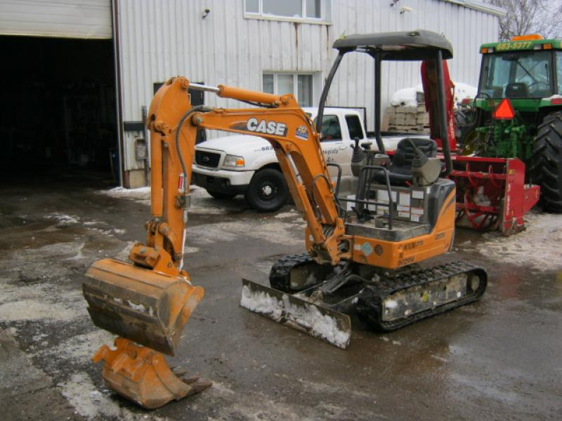 vendu Case CX17B 2008 En Vente chez EquipMtl