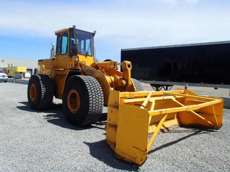 Chargeur sur roues (5 à 30 tonnes) John Deere 644E 1989 équipement