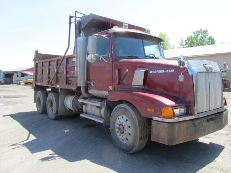 Camion dompeur 10 roues Western Star 5964SS 1997 En Vente chez EquipMtl