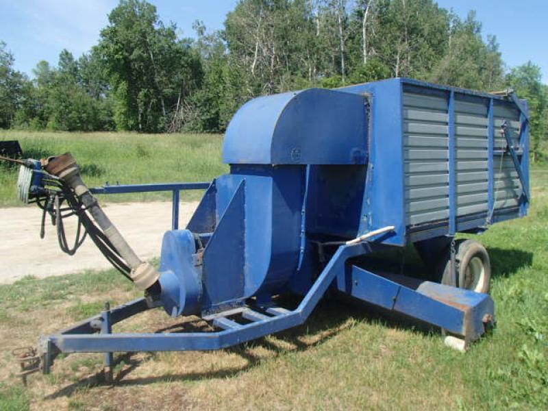 z-Attachement agricole Soudure Rivard Aspirateur agricole 2008 En Vente chez EquipMtl