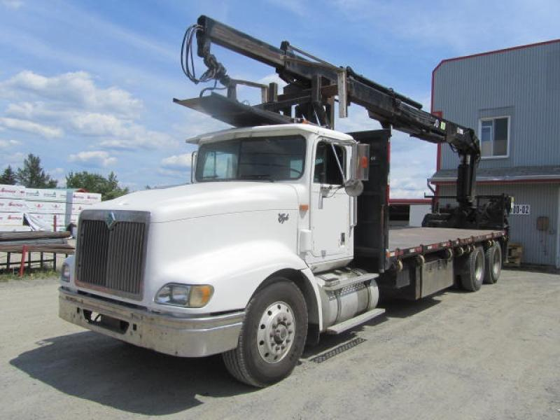 Camion grue International 9400 1997 En Vente chez EquipMtl