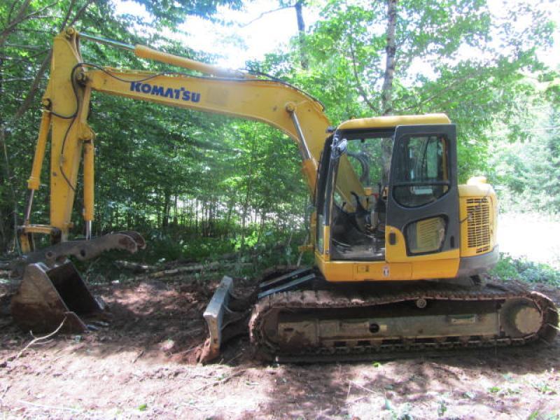 Excavatrice ( 9 à 19 tonnes) Komatsu PC138US-8 2008 En Vente chez EquipMtl