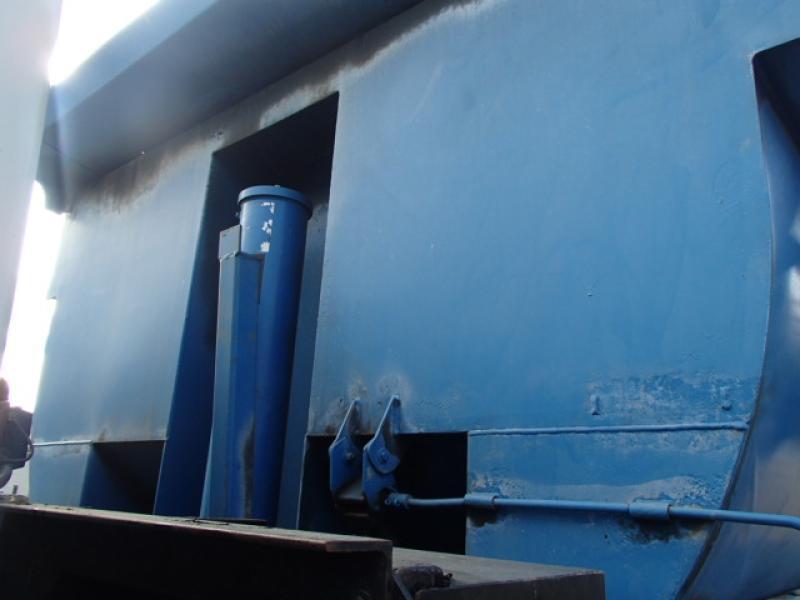 Camion à neige International 2674 2001 Équipement en vente chez EquipMtl