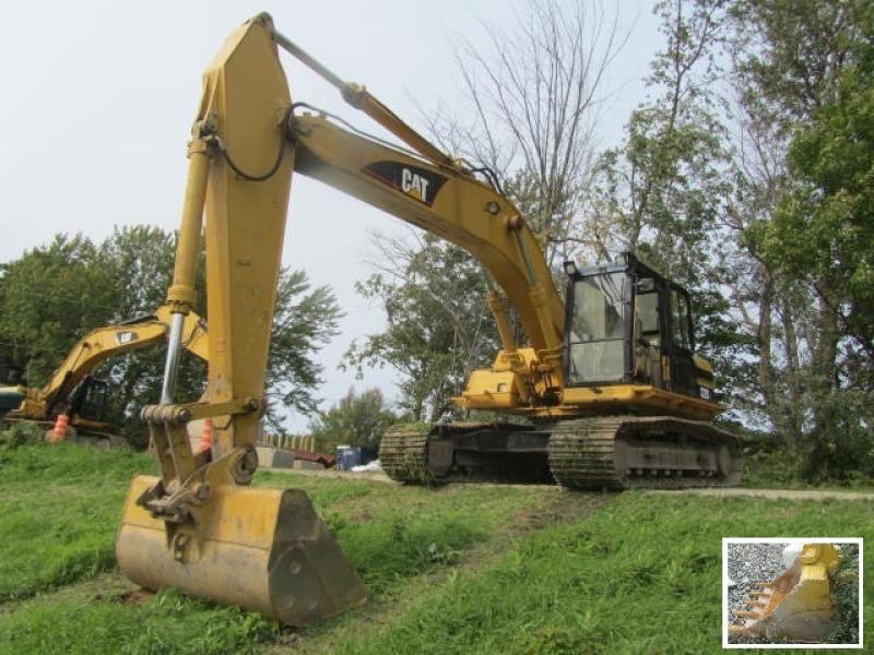 Excavatrice (20 à 39 tonnes) Caterpillar 322BL 1999 En Vente chez EquipMtl