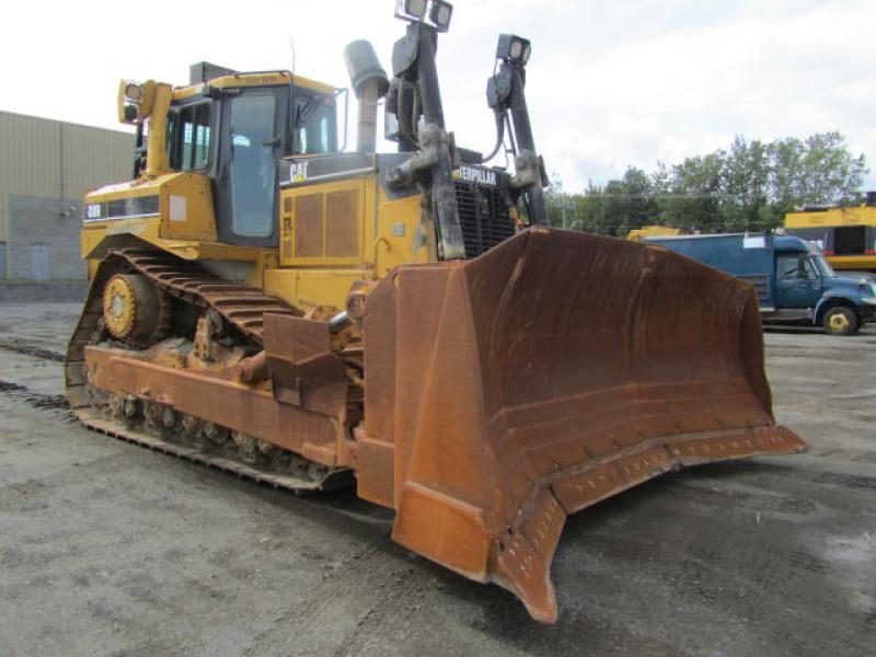 Tracteur à chaînes (21 tonnes et plus) Caterpillar D8R 2003 En Vente chez EquipMtl