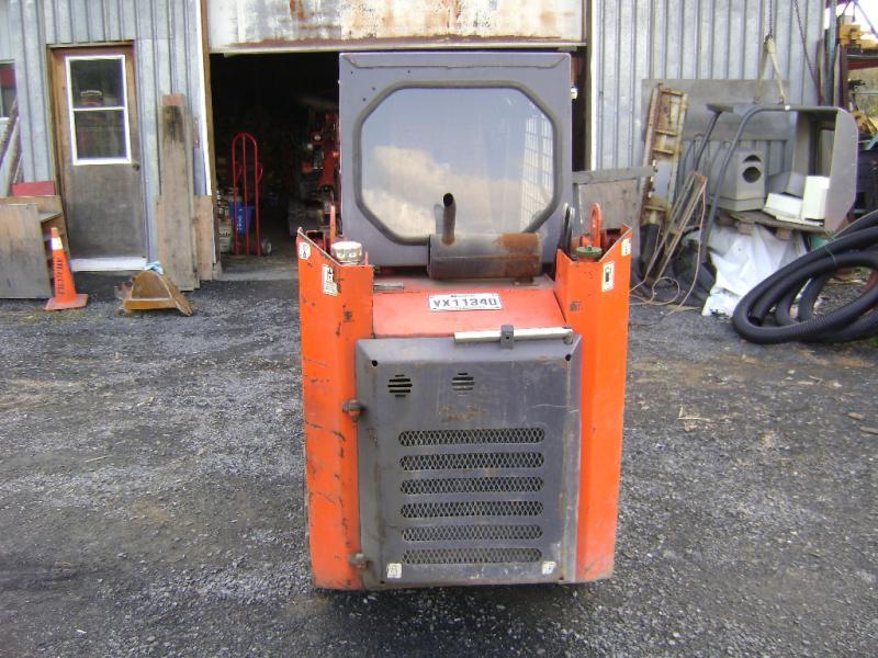 Chargeur compact moins de 5 tonnes Thomas T83S 1996 Équipement en vente chez EquipMtl