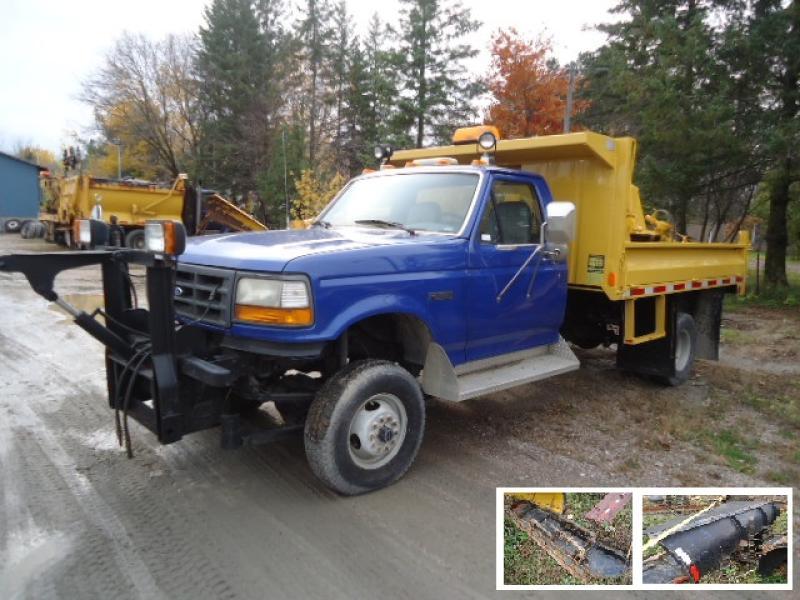 Camion à neige Ford F450 1997 En Vente chez EquipMtl