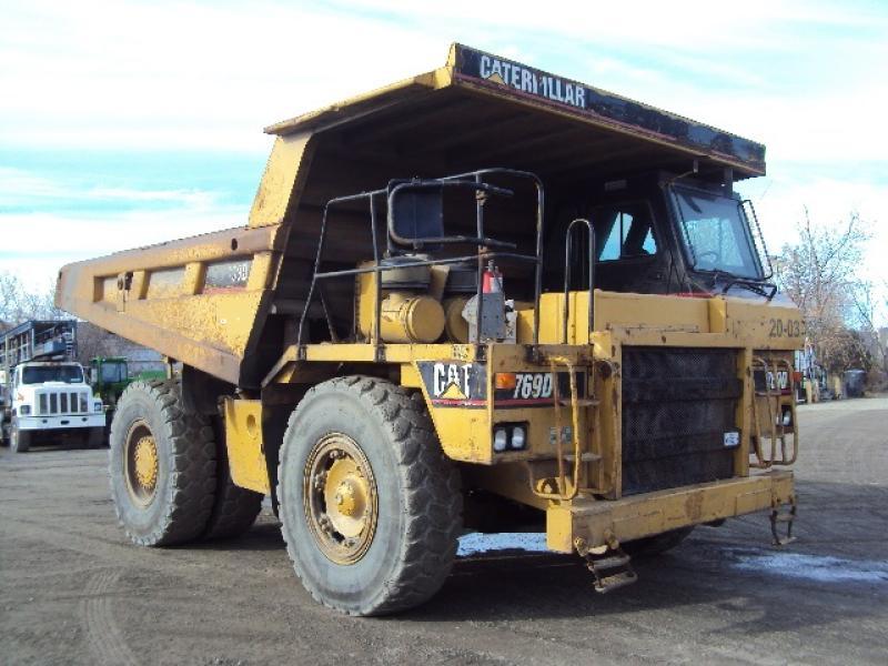 Camion rigide Caterpillar 769D 1998 En Vente chez EquipMtl