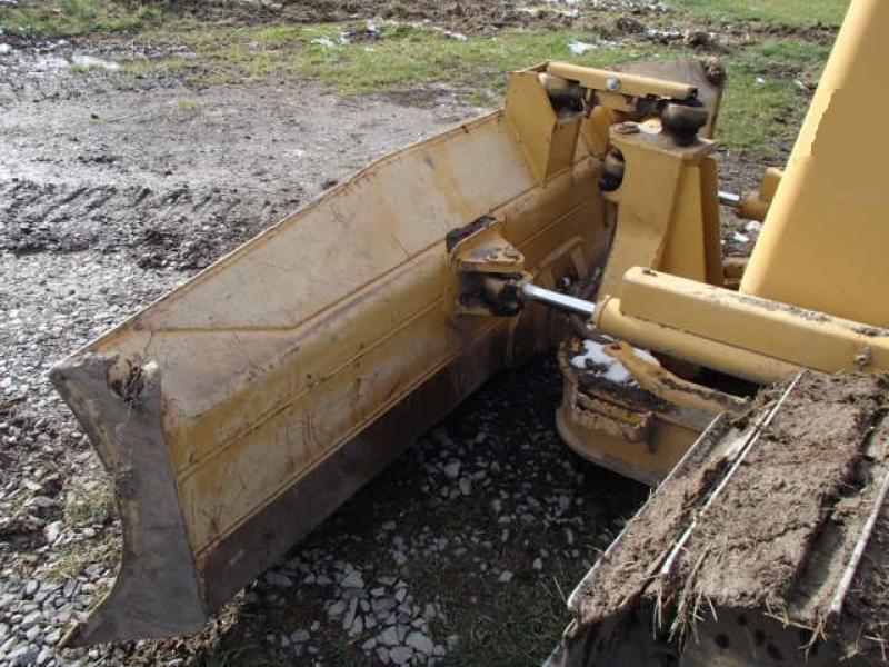 Tracteur à chaînes ( 0 à 15 tonnes) Caterpillar D3G LGP 2005 Équipement en vente chez EquipMtl