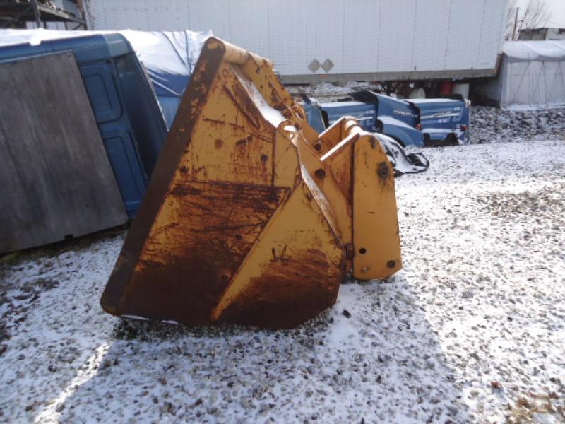 Godet à neige Godet à neige 92'' Équipement en vente chez EquipMtl