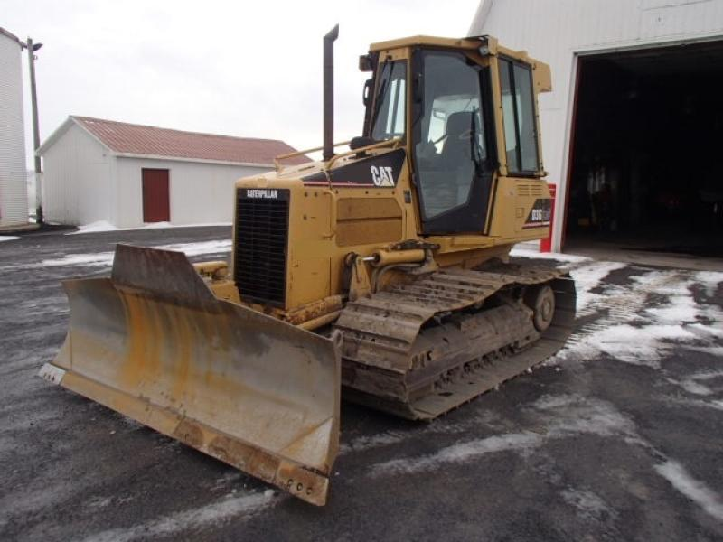 Tracteur à chaînes ( 0 à 15 tonnes) Caterpillar D3G LGP 2002 En Vente chez EquipMtl
