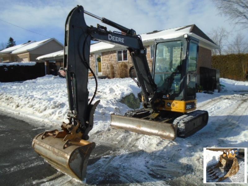 Excavatrice ( 8 tonnes et moins) John Deere 35G 2015 En Vente chez EquipMtl
