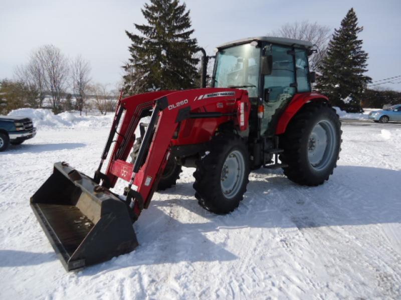 Tracteur agricole 4X4 Massey Ferguson 4609 2013 En Vente chez EquipMtl