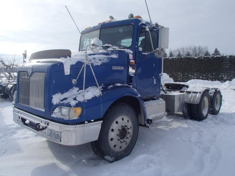 Camion tracteur 10 roues Day Cab International 9200 1998 En Vente chez EquipMtl