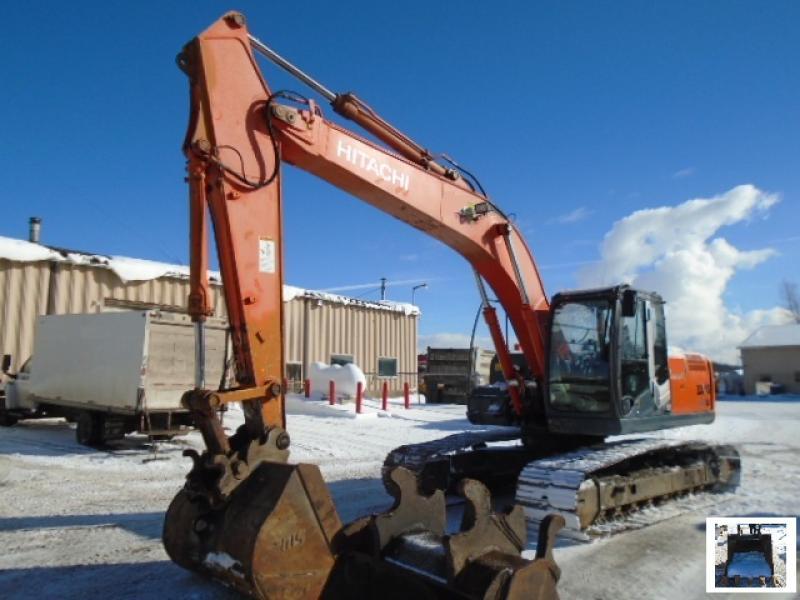 Excavatrice (20 à 39 tonnes) Hitachi ZX200LC-3 2009 En Vente chez EquipMtl