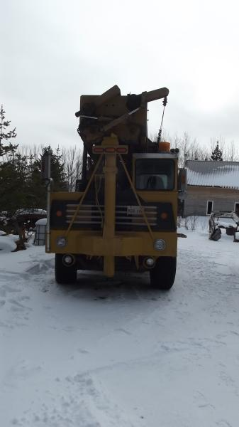 Drill Ingersoll-Rand T4W 1975 Equipment for Sale at EquipMtl