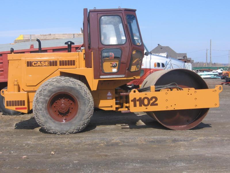 vendu Case 1102 1989 En Vente chez EquipMtl