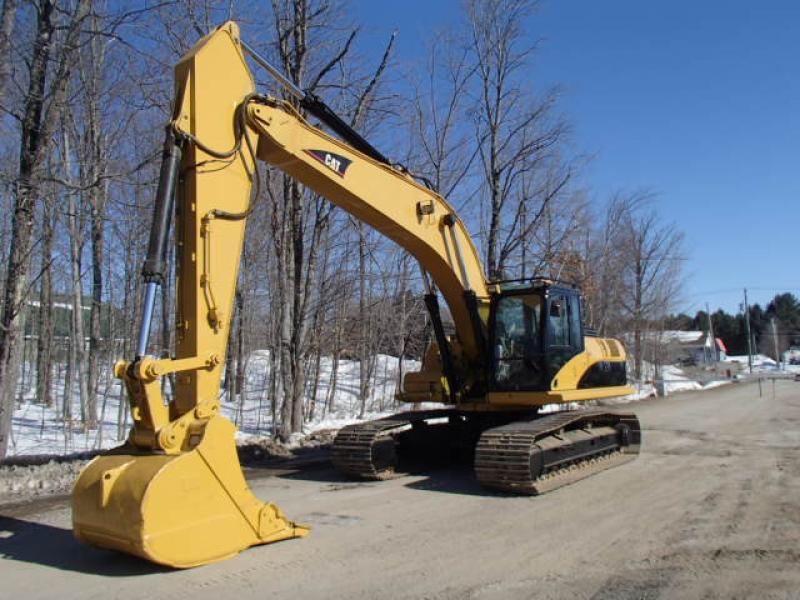 Excavatrice (20 à 39 tonnes) Caterpillar 325D 2008 En Vente chez EquipMtl