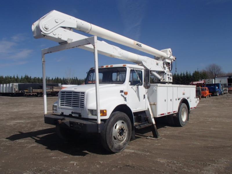 Camion nacelle International 4700 1998 En Vente chez EquipMtl