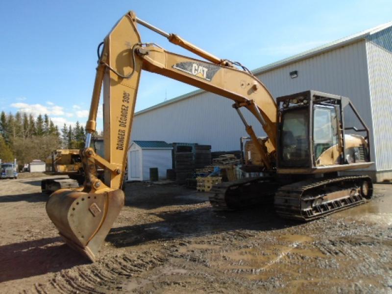 Excavatrice (20 à 39 tonnes) Caterpillar 320CL 2003 En Vente chez EquipMtl