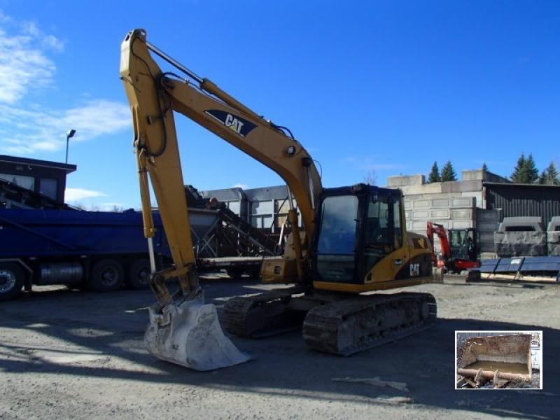 Excavatrice ( 9 à 19 tonnes) Caterpillar 312C 2001 En Vente chez EquipMtl