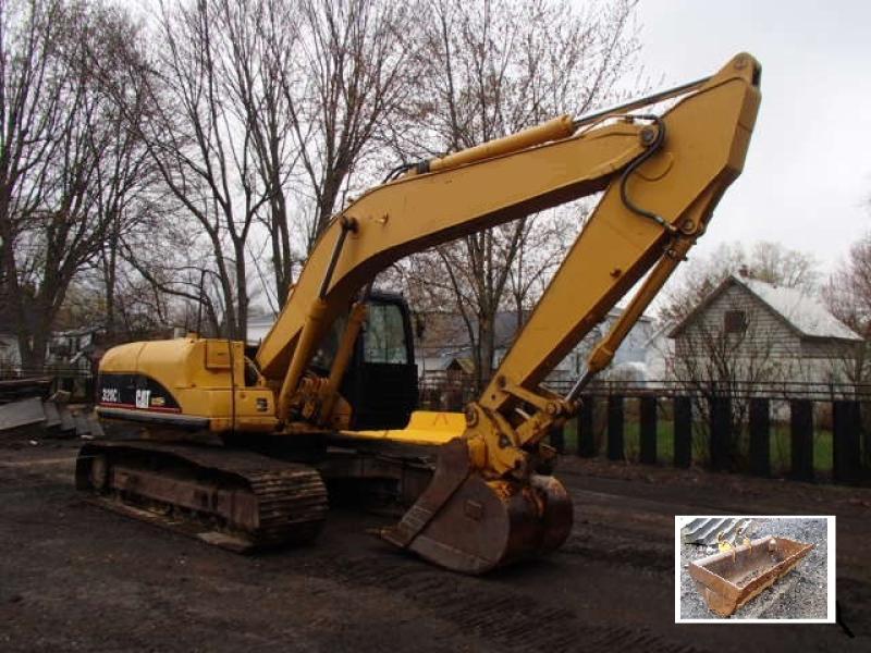 Excavatrice (20 à 39 tonnes) Caterpillar 320C 2006 En Vente chez EquipMtl