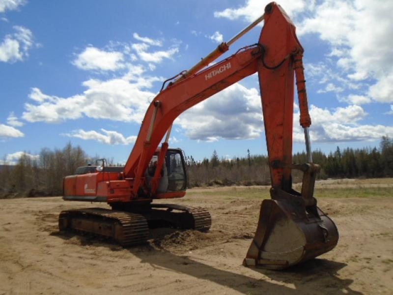 Excavatrice (20 à 39 tonnes) Hitachi EX330LC-5 1998 En Vente chez EquipMtl