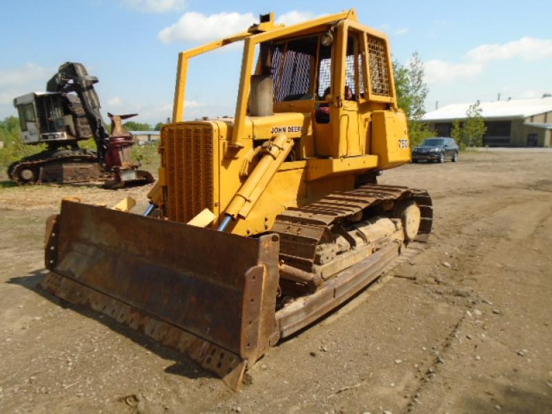 Tracteur à chaînes ( 0 à 15 tonnes) John Deere 750 1979 En Vente chez EquipMtl